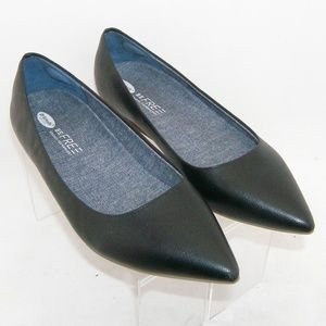 Dr. Scholl's 'Leader' black pointed toe flats 10M